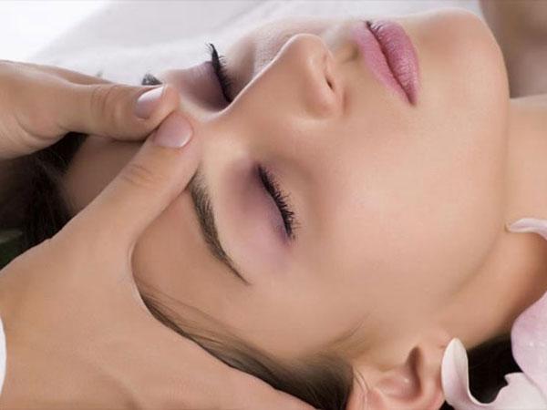 Klassicheskij massazh lica